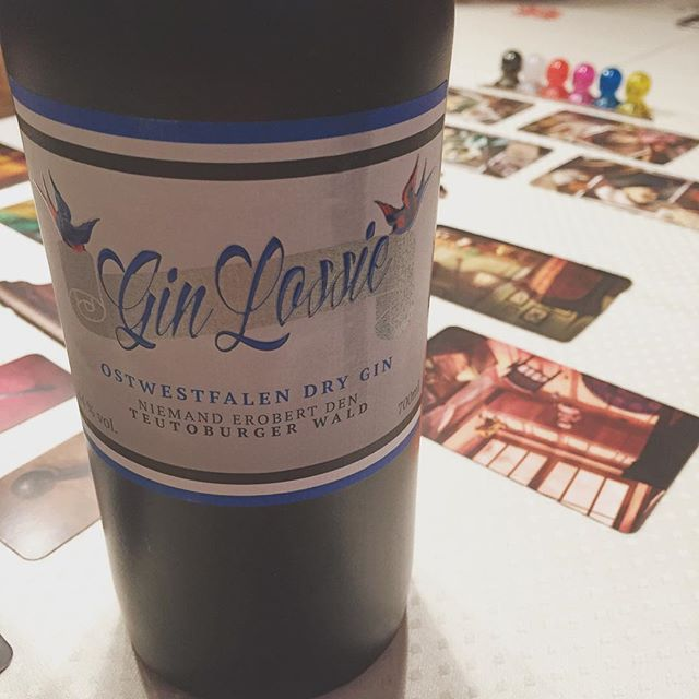 und Gin aus